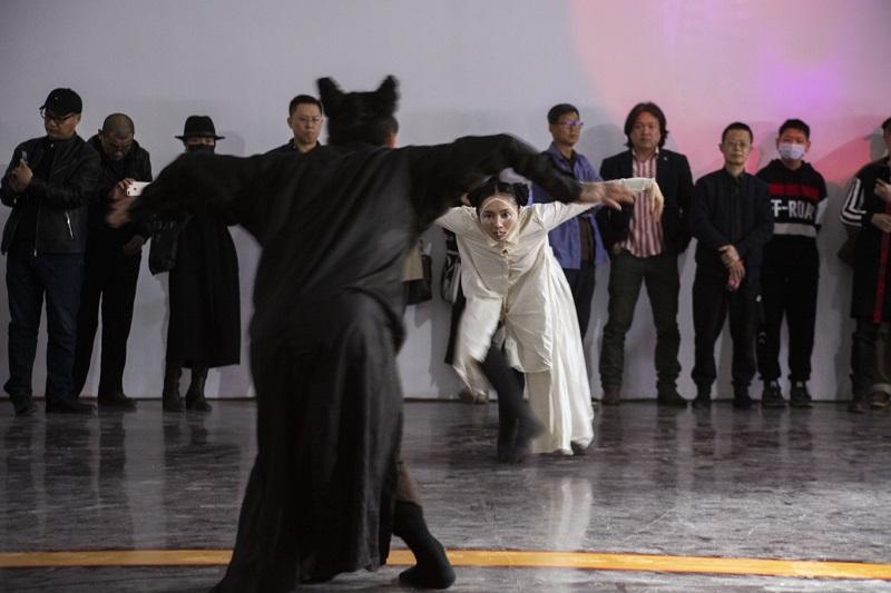 16-舞者表演
